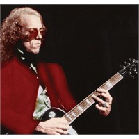 Fleetwood Mac Gitaristi İntihar Etti