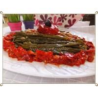 Köz Biberli Taze Börülce Salatası