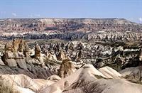 """Kapadokya """"güzel Atlar Ülkesi"""" Peribacaları"""