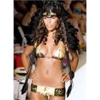 2011 Mayo Bikinilerde tarihi baskılar