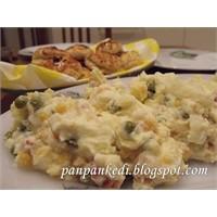 Garnitürle Patates...Amerikan Salatası
