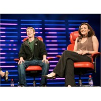 Facebook Tepe Yöneticisi Ölümden Döndü