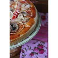 Nefis Bir Pizza Tarifi