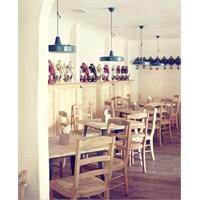Odessa'da Tavernetta Restaurant Aydınlatma