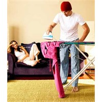 Avrupalı erkeklerin çoğu ev işlerini sevmiyor