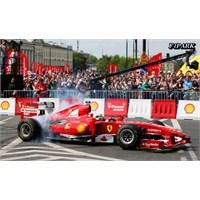Felipe Massa Polonya'da Gösteri Sürüşü Yaptı