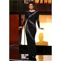 2012 Alma Ödül Töreni'nde Eva Longoria Rüzgarı
