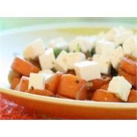 Havuçlu Peynir Salatası Tarifi