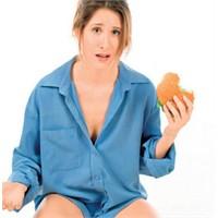 Kadınlar Diyete En Fazla 8 Gün Dayanıyor!