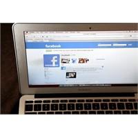 Facebook Ve Twitter Butonları Sizi Takip Ediyor