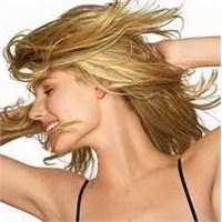 Parlak Saç İçin Ballı Doğal Saç Bakımı