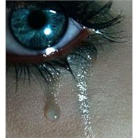 Geceleri Hüzünle Hecelemektir İşim…