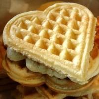 Pratik Vanilyalı Waffle Tarifi