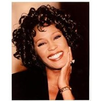 Whitney Houston….H.Çiçeksever'den