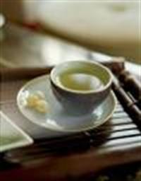 Herbalist Elif Güveloğlundan Detoks Çayı