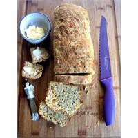 Sodalı, Cheddar Peynirli Ve Otlu Ekmek