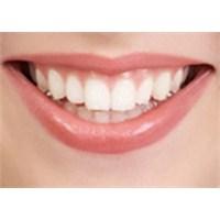 Doğal Yolla Dişlerinizi Beyazlatın