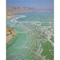 Lut Gölü'nün Güzelliği