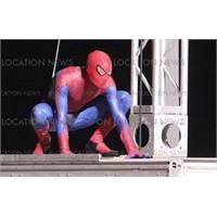 Yeni Örümcek Adam Filminden Görüntüler