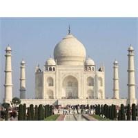 Aşkın Anıtı, Tac Mahal