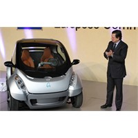 Katlanabilir Elektrikli Otomobiller Yollarda