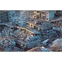 Japonyada Büyük Deprem Ve Tsunami