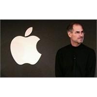 Steve Jobs Yaşamını Yitirdi