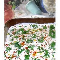 Mayonezli Cevizli Kabak Salatası