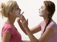 Gerçekten Kozmetikler İşe Yarıyor Mu?