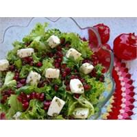 Peynirli Salata Püf Noktaları İle