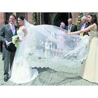 Faber Castell İle Melisa Eliyeşil'in Düğünü