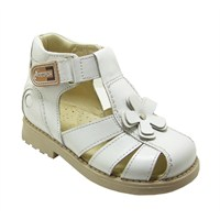 Çocuklarda İçe Basma ve Ortopedik Ayakkabılar