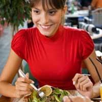 Dışarıda Sağlıklı Beslenebilmenin Yolları