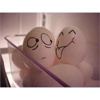 Komik Yumurtalar