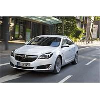 Yeni Opel İnsignia Türkiye'ye Geldi