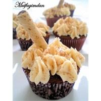 Kahve Kremalı Çikolatalı Cupcakeler