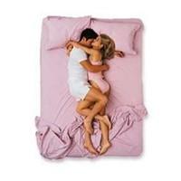 Uyku Pozisyonlarından İlişkinizi Çözün