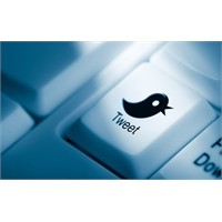 Twitter Ve Facebook Hesaplarına Erişti