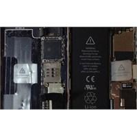 İphone 5s'in İçini Gösterdiler