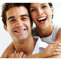 Çekici Bir Gülümseme İçin Ön Dişler Uzatılıyor