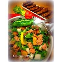 Kaparili Ton Balıklı Salata Tarifi Endinin Mutfagi