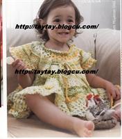 Tığ İle Örülmüş Bebek Elbisesi