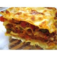 İtalyan Yemeği ; Lazanya (Lasagne) Tarifi