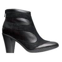 Ayakları Küçük Gösteren Ayakkabılar
