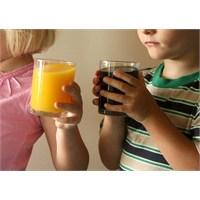 Çocuklarda Obezite Riski Doğuruyor