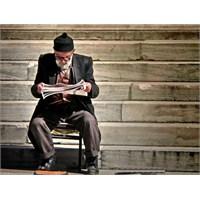 Gazeteler Gerçekte Kimin İçin Sadece Okur İçin Mi