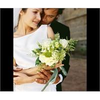 Kadın Ve Erkekler Neden Evlenmek İstiyor?