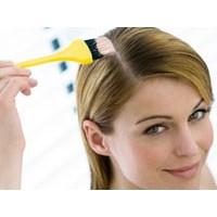 Saçınızı evde de boyayabilirsiniz