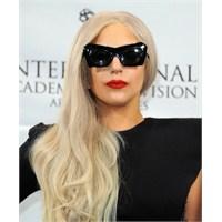 Lady Gaga Modası Ve Farklı Giyim Tarzı
