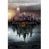 İlk Bakış: The Mortal İnstruments City Of Bones
